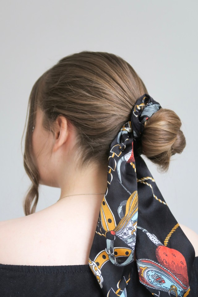 4 Easy Ways To Style A Hair Scarf Scrunchie