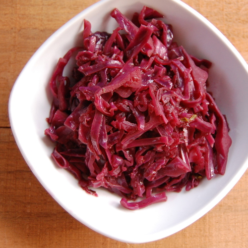 Braised Red Cabbage with Wine and Apples
