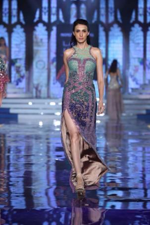 Monisha-Jaising-Lakme-Fashion-Week-Collection-2