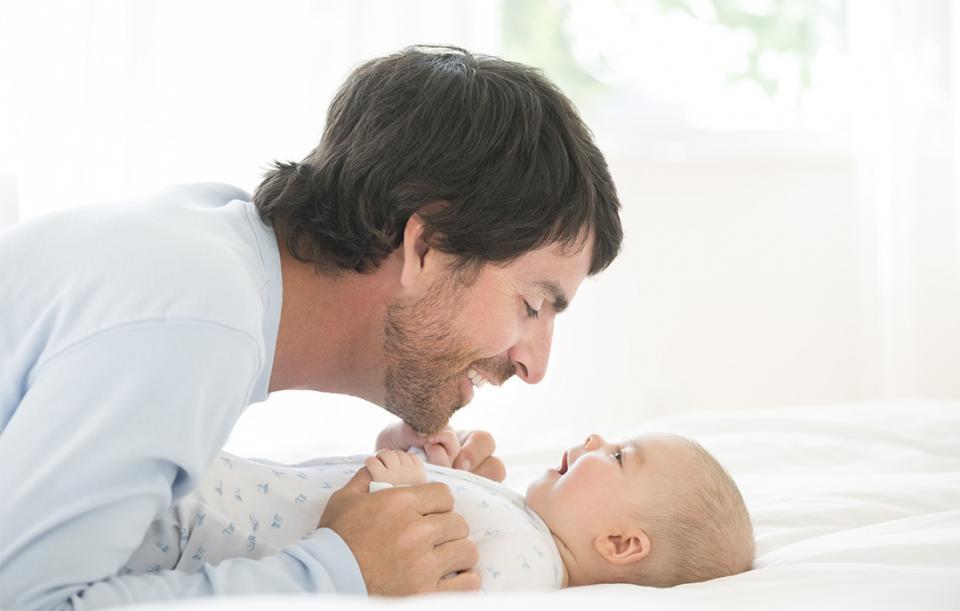 Cresterea copilului: Rolul tatalui in familie