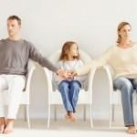 Parintii divorteaza: Cand si cum ii spui copilului