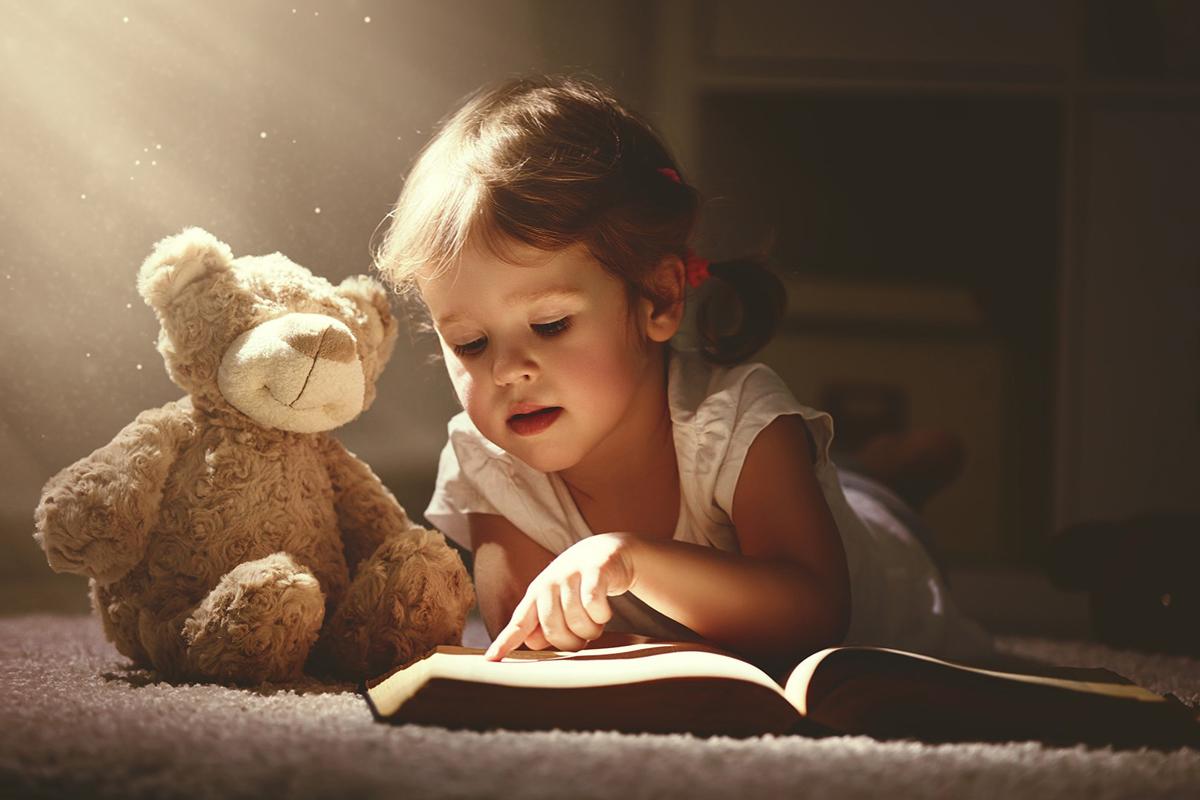 Solutii pentru a-ti ajuta copilul sa descopere placerea de a citi