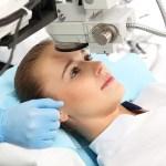 Operatie la ochi prin PRK