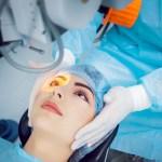 Operatie la ochi prin FemtoLASIK