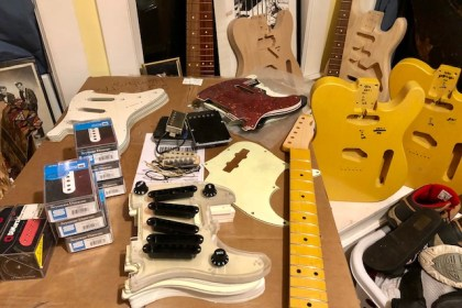 Nash unboxing guitar stuff 1