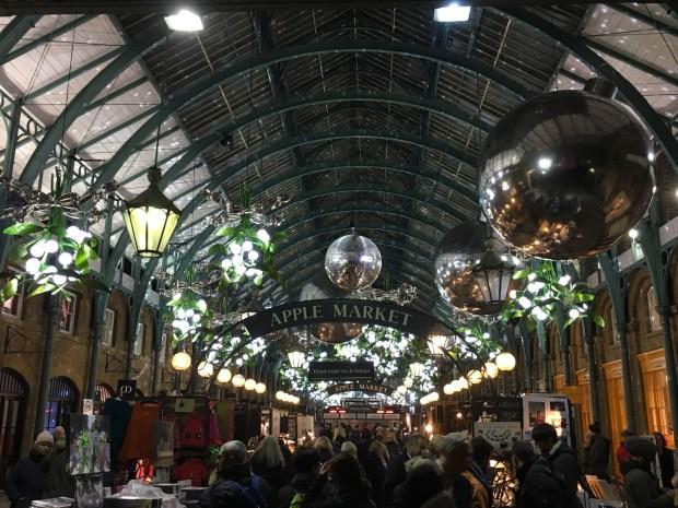 Apple Market Christmas