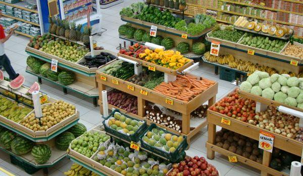 Resultado de imagem para supermercado frutas