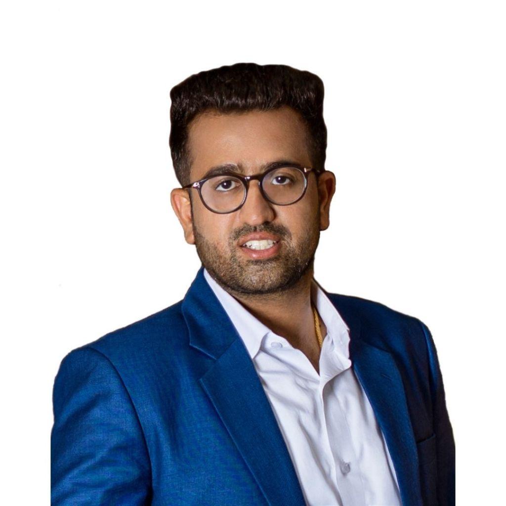 Akhilesh Chopra, Director of Sales & Technology for Bluei