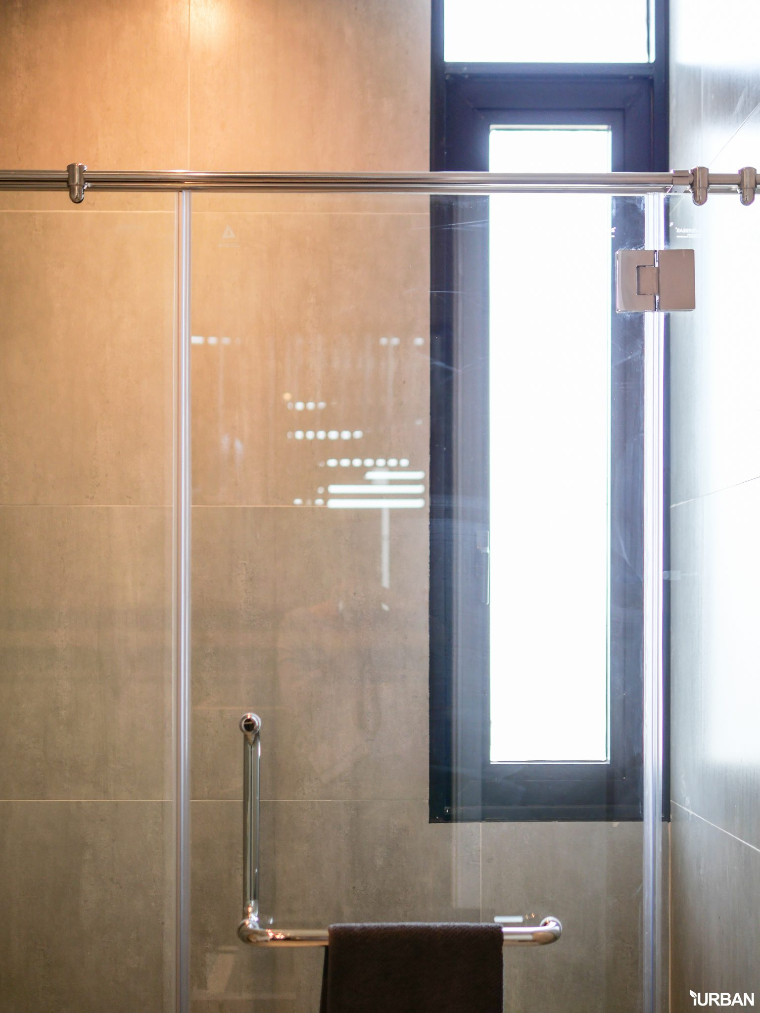 AIRES RAMA9 รีวิว Luxury Townhome 3.5 ชั้น + Rooftop ออกแบบสวย ย่านพระราม9 (ใกล้ รพ.สมิติเวช) 77 - AIRES