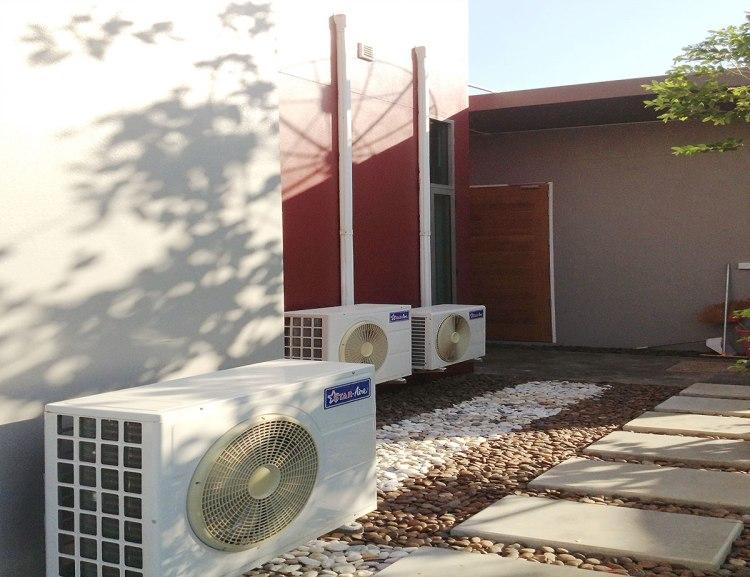 connecting aircon 750x577 14 วิธีติดแอร์บ้านให้เย็นเต็มๆ และประหยัดค่าไฟเมื่อเจออากาศร้อนแบบเมืองไทย