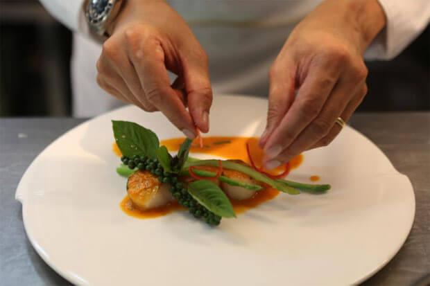 """สร้างช่วงเวลาสุดพิเศษไปกับ """"Sansiri Chef Your Table"""" ที่ให้คุณได้ลิ้มรสอาหารฝีมือเชฟระดับประเทศถึงบ้านคุณ! 39 - Chef"""