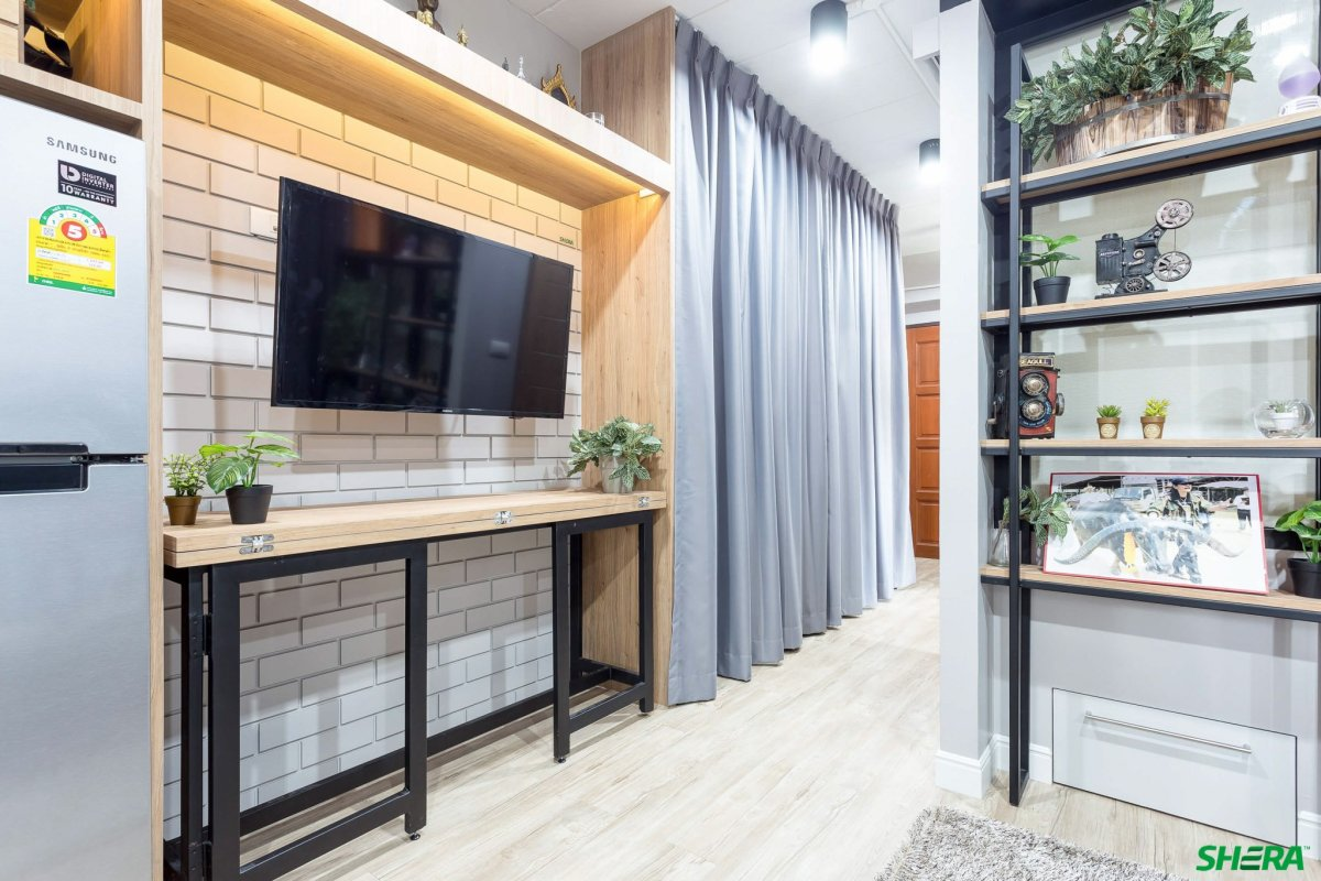 รีโนเวทบ้าน แปลงคอนโดเก่าเป็นสไตล์ Loft และประตูสวยทนด้วยไฟเบอร์ซีเมนต์จาก Shera 15 - fiber cement wood