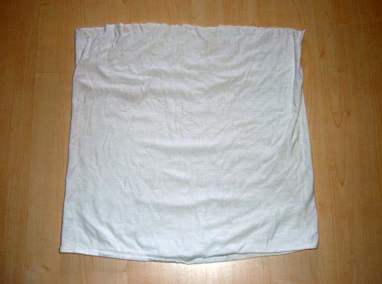 D.I.Y.แปลงร่างเสื้อเก่าเป็นกระโปรงเซ็กซี่ 16 - DIY