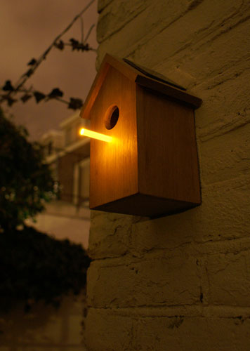 Solar Birdhouse 13 - bird