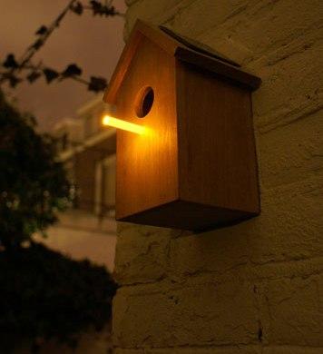 Solar Birdhouse 14 - bird