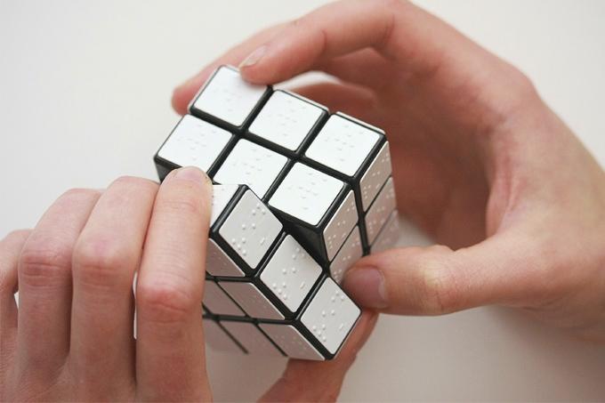 Rubik cube 16 - blind