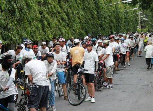320893 2282171886981 1029337243 2698434 1878568205 n Car Free Day ในทุกๆวันที่แซมเปีย กับจักรยานไม้ไผ่