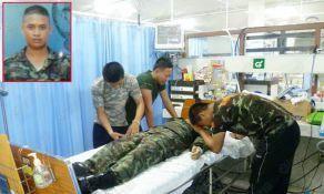 320547 295795740431107 100000020499101 1336111 316743662 n Thai soldier,HERO อุทกภัย 54