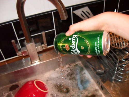 Step 2 DIY เตาแอลกอฮอล์จากกระป๋องน้ำอัดลม