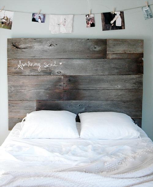 barnwood headboard 1 DIY ตกแต่งหัวเตียงนอนใหม่ หลังน้ำท่วม