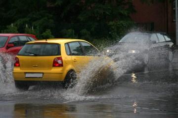 เทคนิคขับรถให้ปลอดภัยตามระดับความสูงของน้ำ 4 -