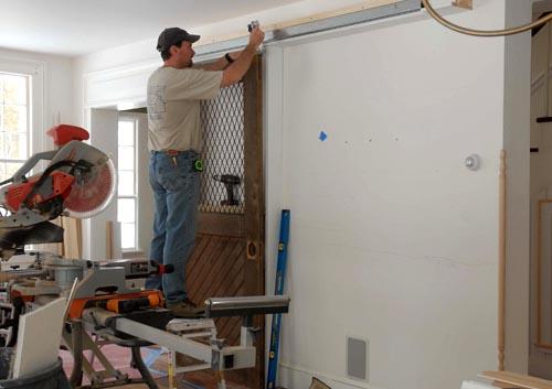 ก่อน-หลัง บานประตู DIY:Before & After repurposed horse stall doors 16 -