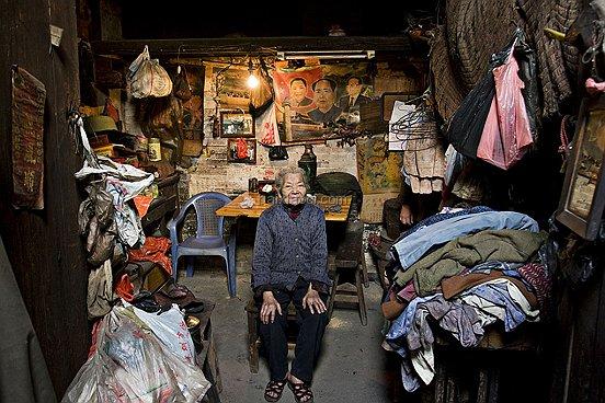 034 20070203 Chenpeijun Farmer Shenzhen 198 BAI XIAOCI ช่างภาพชาวจีน กับผลงานสร้างชื่อ i Live Here