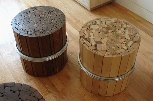 25550108 095918 เก้าอี้สตูลจากไม้เก่าและโครงล้อจักรยานเก่า