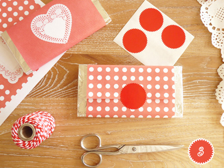 DIYValentine FREEPrintable ChocolateWrappers RED 4 num DIY.Chocolate bar wrapper