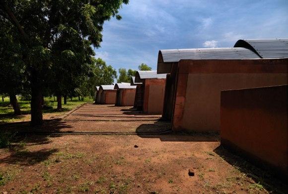 """แง่คิด """"ความยั่งยืนด้านสถาปัตยกรรมของแอฟริกา"""" Africa Calling by Francis Kere 18 - Africa"""