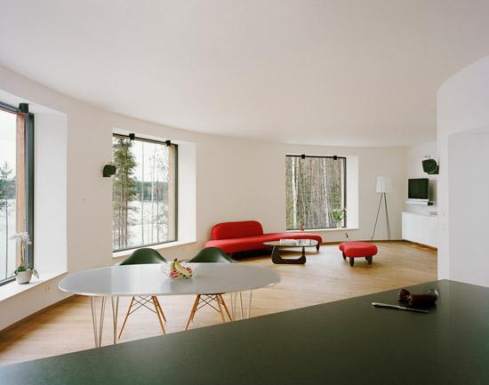 kk05 Villa Nyberg บ้านที่มีการผสมผสานของไม้ที่เป็นมิตรกับสิ่งแวดล้อม