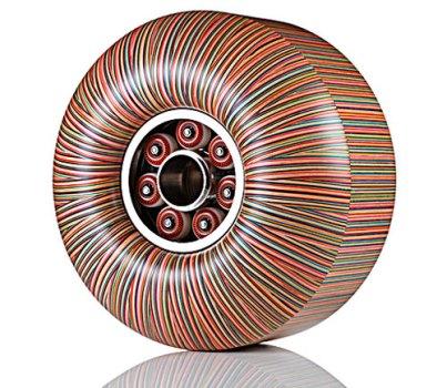Haroshi 2 403x350 wooden skateboard sculptures