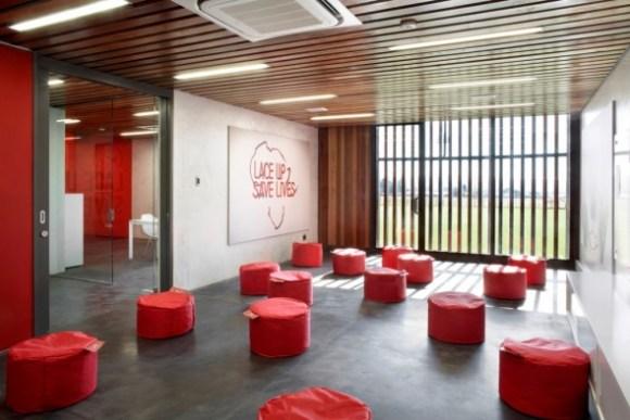 soweto11 580x387 Soccer Centre ศูนย์การฝึกอบรมฟุตบอลของ Nike ในแอฟริกาใต้