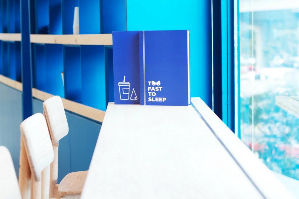 Too Fast To Sleep ห้องสมุดคาเฟ่ 24 ชม.สำหรับคนนอนดึก บริเวณสามย่าน 21 - 100 Share+
