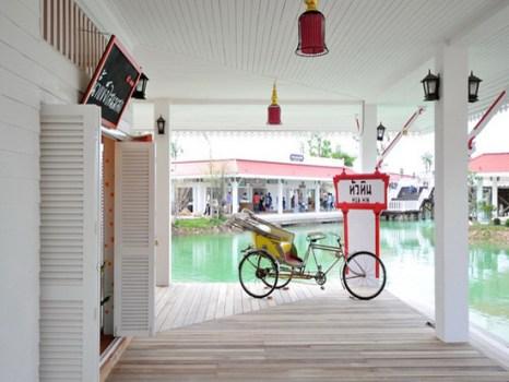 201108002 1 466x350 เที่ยวสนุกทุกวันหยุดได้ที่ ตลาดน้ำหัวหินสามพันนาม Floating market @Huahin