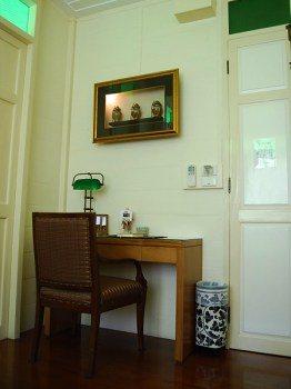 home04 262x350 บ้านดินสอโรงแรมเล็กใจกลางพระนคร ภายใต้แนวคิดอนุรักษ์อาคารโบราณของไทย