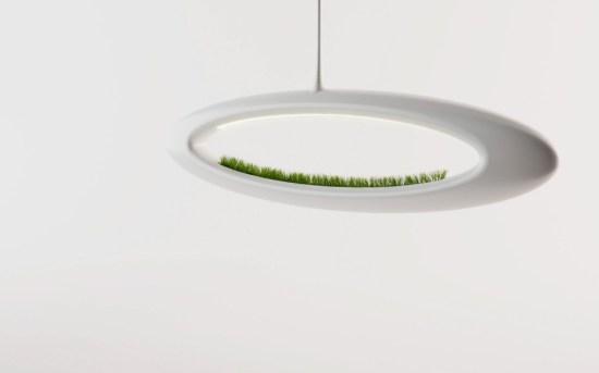 ii 550x343 โคมไฟพลังธรรมชาติ The Grass Lamp by Marko Vuckovic