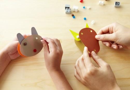 mujilego01 502x350 DIY.Toy set by LEGO and MUJI เมื่อทั้งสองจับมือกันสร้างของเล่นชุดใหม่