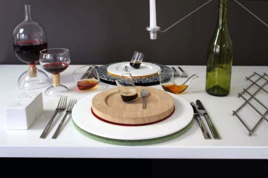 sebastianbergne 527x350 Colourware ชุดจาน ชาม ประติมากรรมบนโต๊ะอาหาร