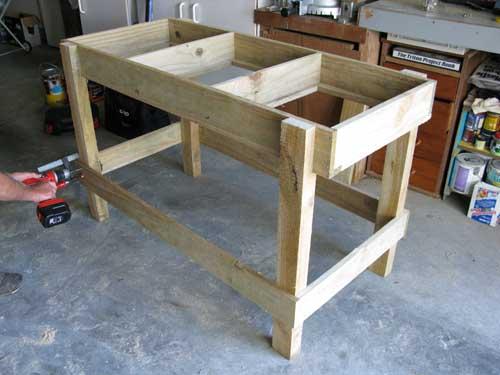 saladbench6 DIY: Garden Bench ลิ้นชัก กระถางใบใหม่ของเหล่าต้นไม้และพืชพรรณขนาดเล็ก