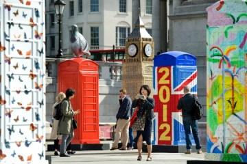 นิทรรศการงานศิลปะกลางแจ้ง จากตู้โทรศัพท์สาธารณธะของอังกฤษ..นับถอยหลังโอลิมปิค 4 - London's Olympic