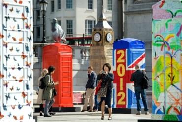 นิทรรศการงานศิลปะกลางแจ้ง จากตู้โทรศัพท์สาธารณธะของอังกฤษ..นับถอยหลังโอลิมปิค 20 - Gallery