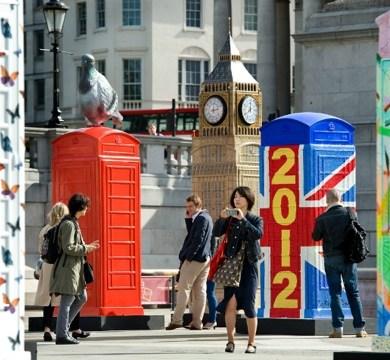 นิทรรศการงานศิลปะกลางแจ้ง จากตู้โทรศัพท์สาธารณธะของอังกฤษ..นับถอยหลังโอลิมปิค 19 - Childline