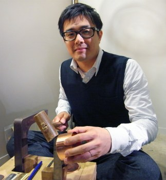 addkakaido03 323x350 kaikados tea container งานฝีมือชาวญี่ปุ่นที่สืบทอดจนถึงรุ่นที่หก อนุรักษ์ศิลปวัฒนธรรมที่ควรเอาเป็นแบบอย่าง