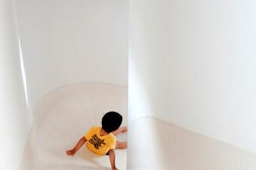 """บ้านนี้มีไม้ลื่นรอบบ้าน แทนบันได... """"House with SLIDE"""" 2 - House with slide"""