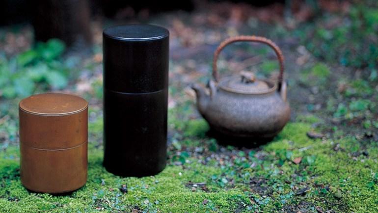 kaikado's tea container งานฝีมือชาวญี่ปุ่นที่สืบทอดจนถึงรุ่นที่หก อนุรักษ์ศิลปวัฒนธรรมที่ควรเอาเป็นแบบอย่าง  13 - brass