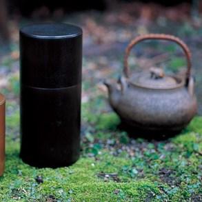 kaikado's tea container งานฝีมือชาวญี่ปุ่นที่สืบทอดจนถึงรุ่นที่หก อนุรักษ์ศิลปวัฒนธรรมที่ควรเอาเป็นแบบอย่าง  19 - brass