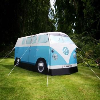 vw zelt 1 350x350 Volkswagen Van Tent เต๊นท์นี้นอนได้ถึง 4 คน!!