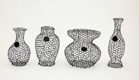25550711 191837 A Vase for Dead Flowers..แจกัน เพื่อดอกไม้ที่แห้งเหี่ยวแล้ว