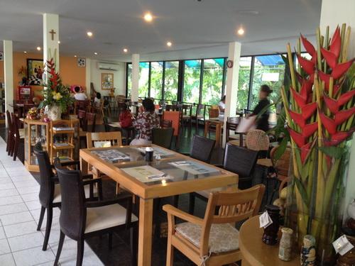 ชมสวน... 'อร่อยครบเครื่อง สไตล์ครัวบ้าน' ของพี่ปุ๊ อัญชลี 17 - ร้านอาหารไทย